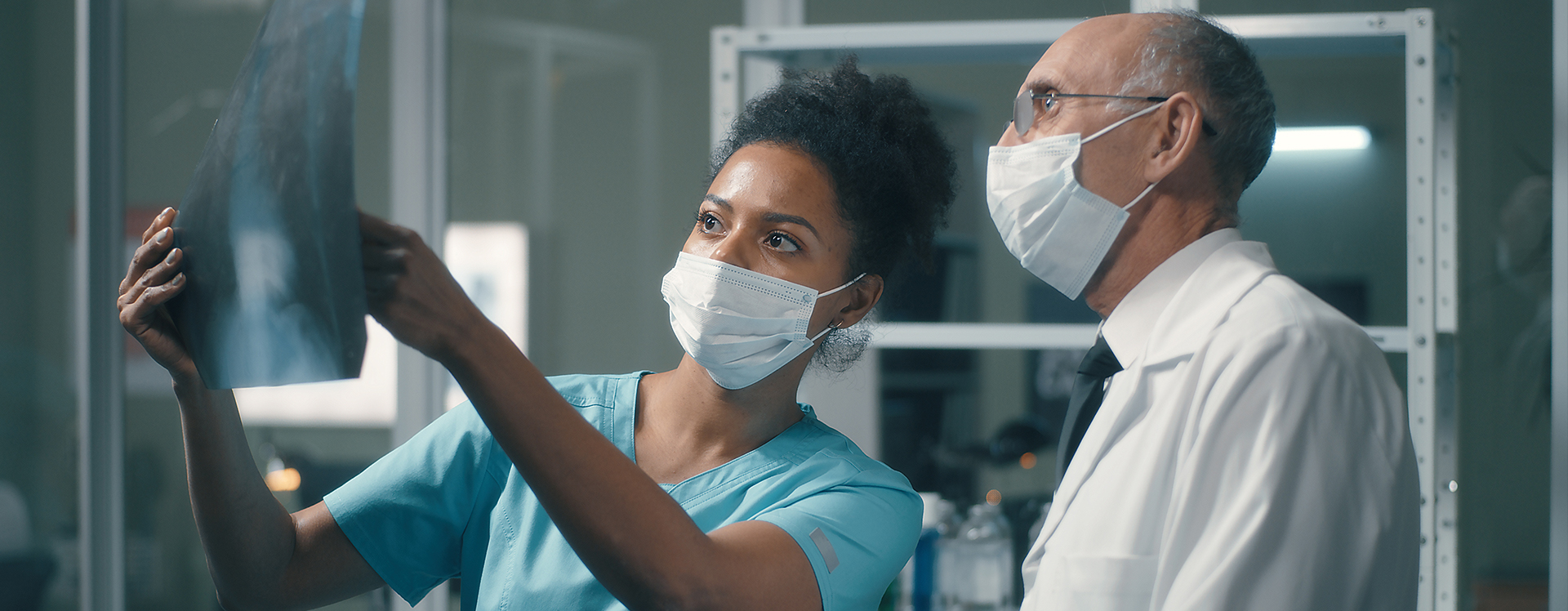 4 Reasons Why Transitioning from a Clinician Role to a Health Administration Role Could be Right for You